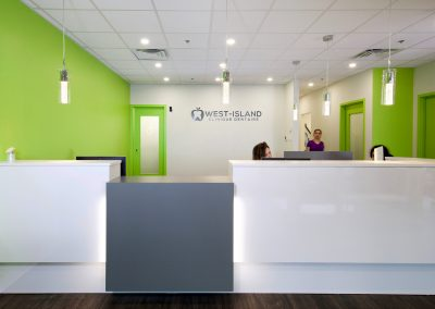 West-Island-Dental-Clinic-Montreal-front-desk