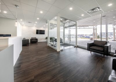 West-Island-Dental-Clinic_Montreal-waiting-room